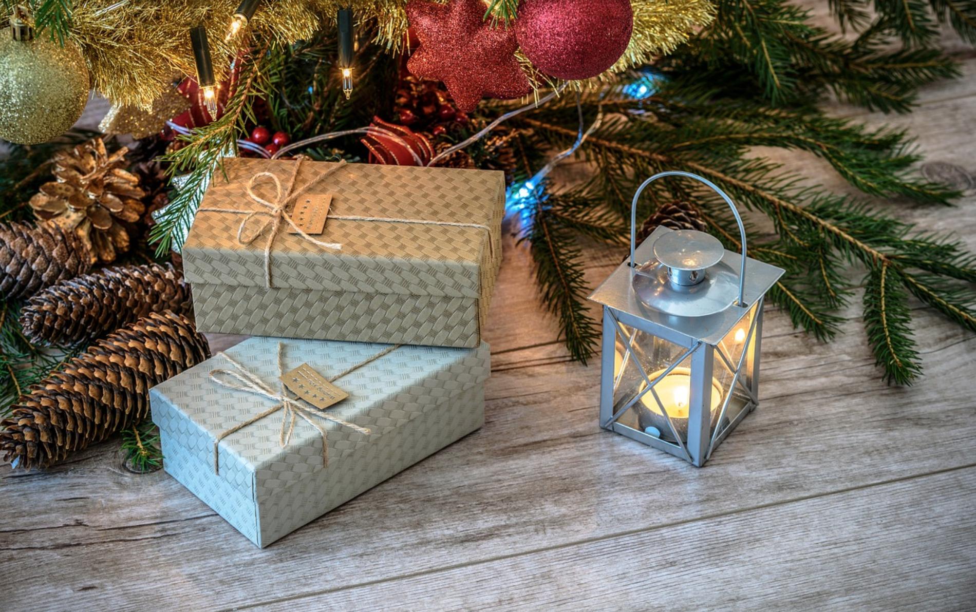 how to set up christmas tree